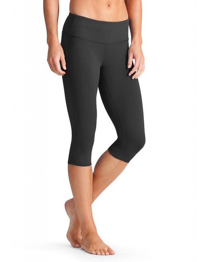 8113a667f7be 9 Best Yoga Pants and Shorts | Compression+Design