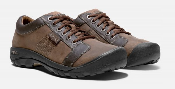 3 Best Men's Shoes for Traveling in Europe